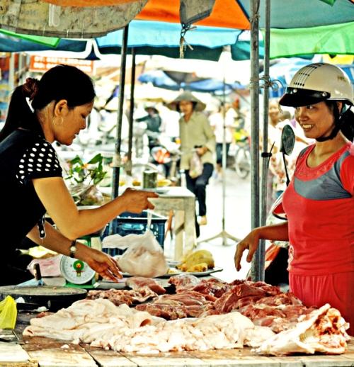 porksellinginvietnam_cropped1.jpg?w=500&h=518
